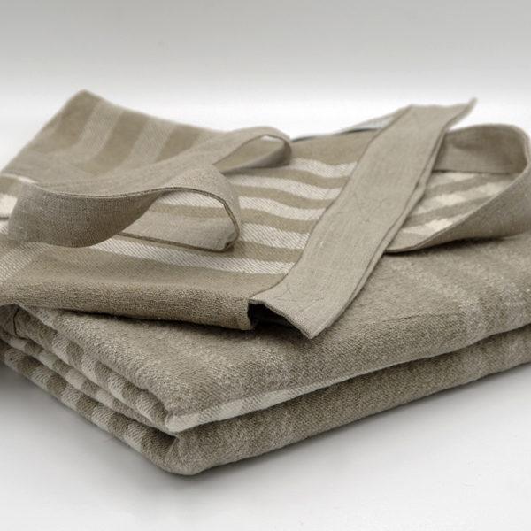 très joli plaid pur lin lave avec son sac de rangement