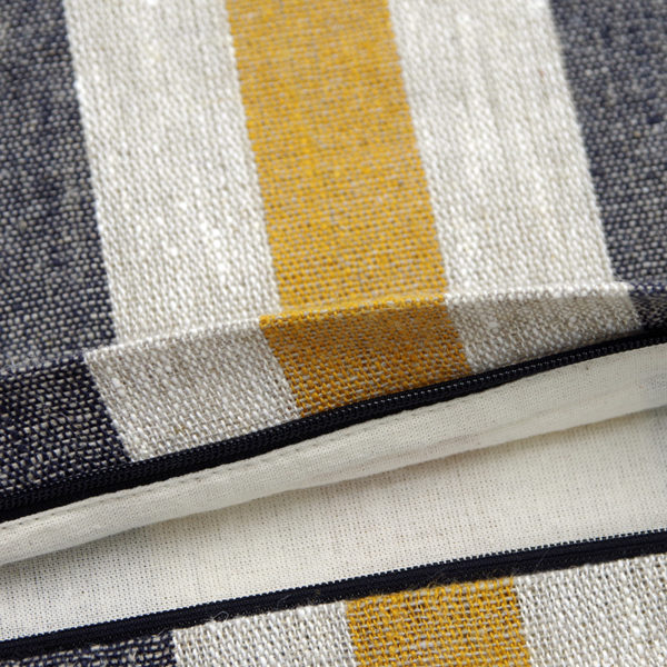 housse de coussin en 100% lin belle qualité et finitions soignées des couleurs tendance