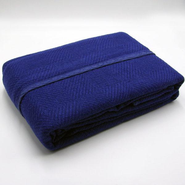 plaid en pur lin tissage chevrons couleur bleu